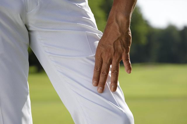 画像: 遮熱の機能だけでなく履き心地もよく、スウィングしやすい