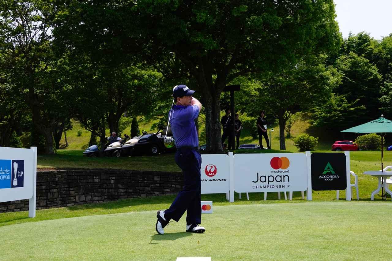 Images : 14番目の画像 - 平均253ヤード! トム・ワトソンのドライバー連続写真 - みんなのゴルフダイジェスト