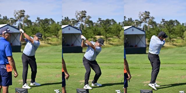 画像: バックスウィングでパワーをため(写真左)、切り返しで沈み込み(写真中)、そこからジャンプするように地面の力を使っている(写真右)