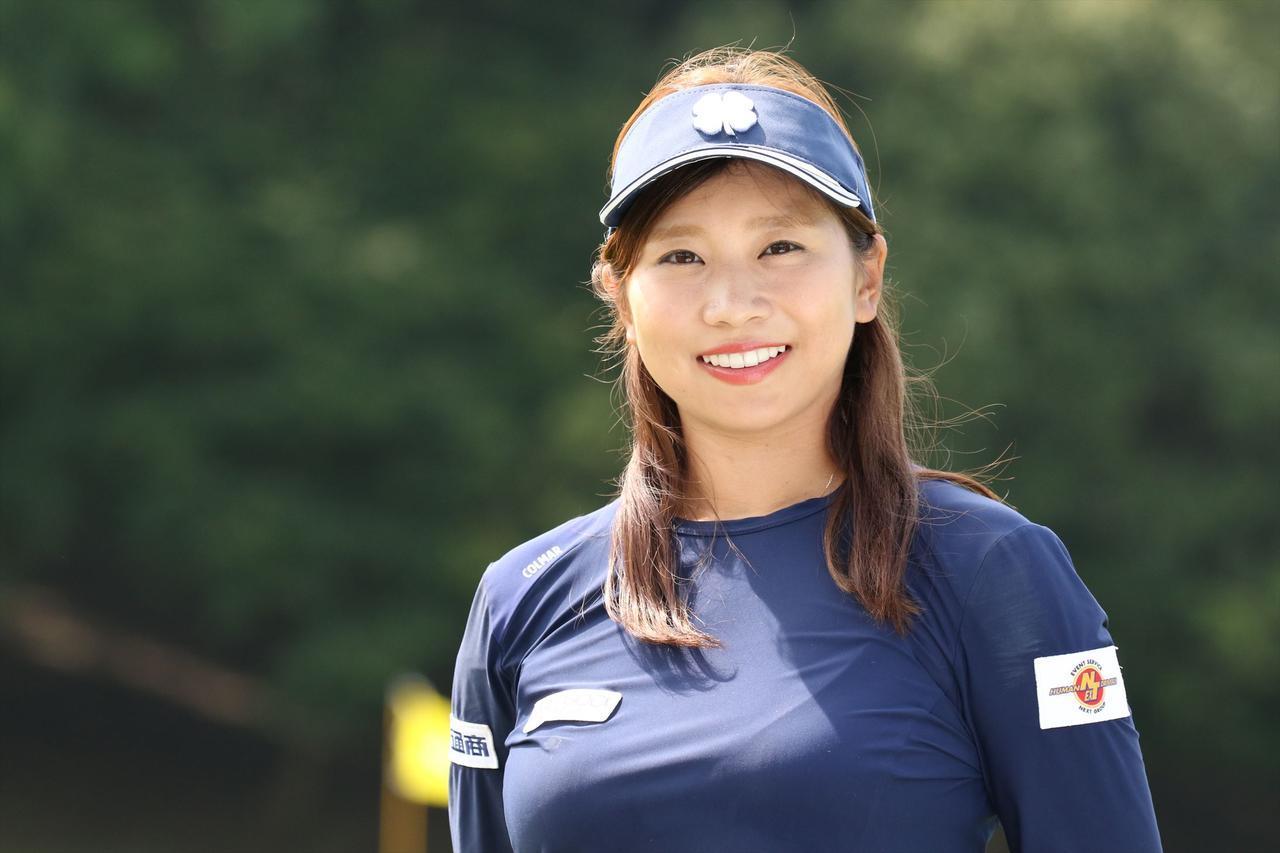 画像: フィギュアスケートで鍛えたバランスと体幹がゴルフに活きているという