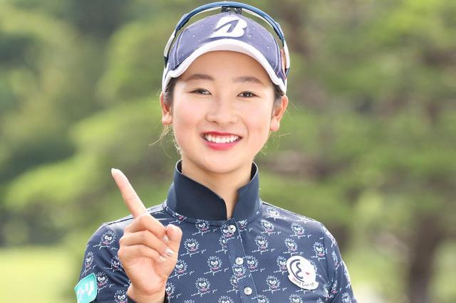 """画像: 「みなさん本当に本当に本当にありがとうございます!」松田鈴英に""""女子プロ総選挙""""1位の感想を聞いてみた - みんなのゴルフダイジェスト"""