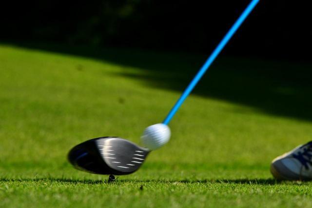 画像: アマチュアゴルファーは「飛距離を伸ばしたい」「真っすぐ飛ばしたい」などドライバーに関する悩みが多い。(撮影増田保雄)