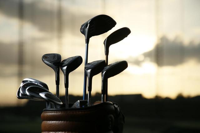 画像: どんな14本を組み合わせるか、それを考えるのもゴルファーの大きな楽しみのひとつ(撮影/小林司)