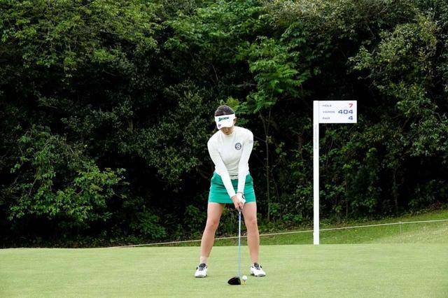 画像: 1番目の画像 - 脇元華のドライバー連続写真 - みんなのゴルフダイジェスト