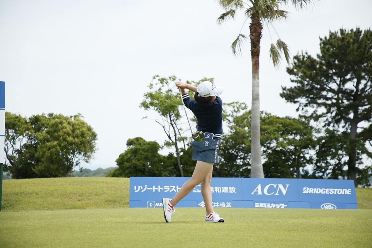 Images : 17番目の画像 - 初優勝! 稲見萌寧のドライバー連続写真 - みんなのゴルフダイジェスト