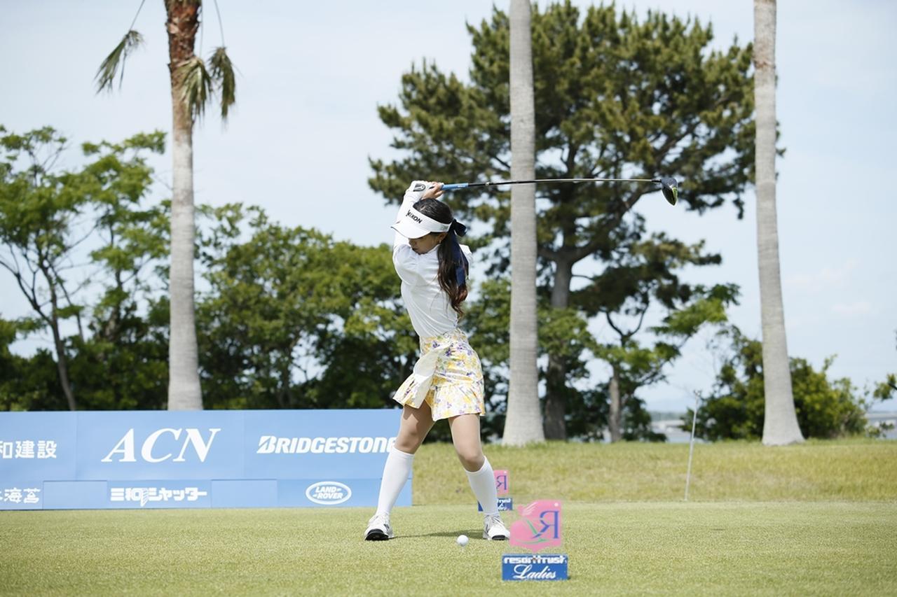 Images : 10番目の画像 - 臼井麗香のドライバー連続写真 - みんなのゴルフダイジェスト