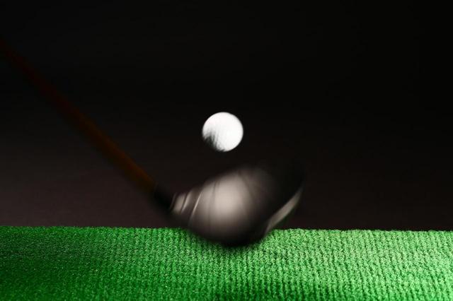 画像: 実は芯でとらえれば飛ぶという訳ではない(撮影/三木崇徳)