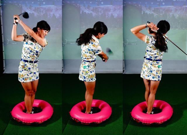画像: 体重は内~内に動く意識でフィニッシュまでフルスウィング!