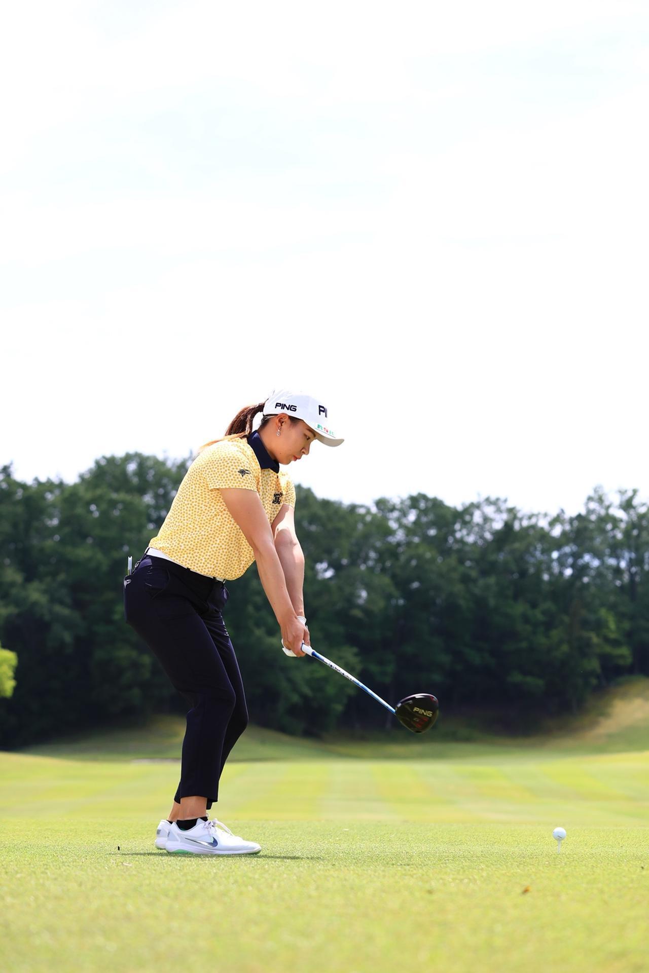 Images : 3番目の画像 - 渋野日向子のドライバー後方連続写真 - みんなのゴルフダイジェスト