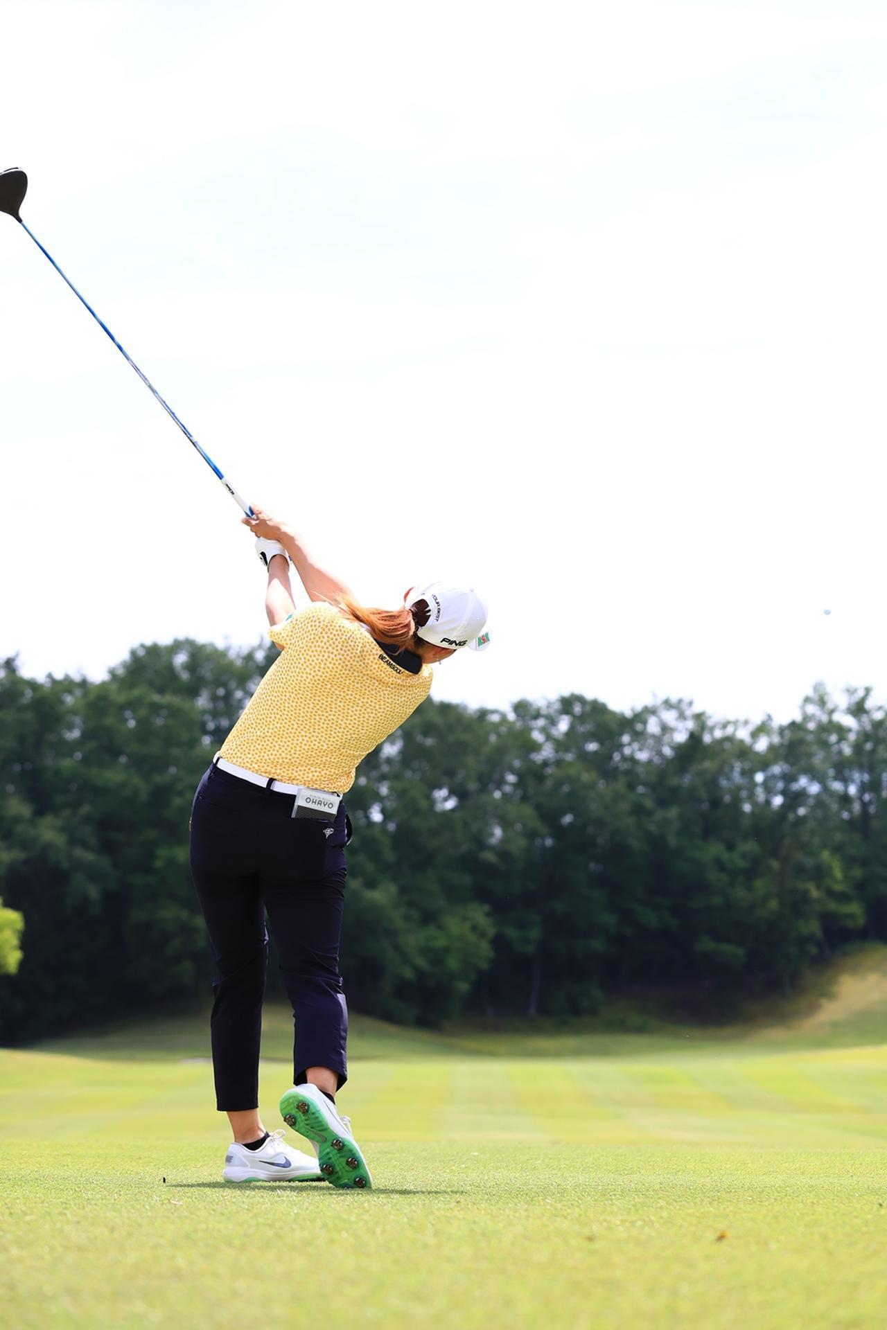 Images : 16番目の画像 - 渋野日向子のドライバー後方連続写真 - みんなのゴルフダイジェスト