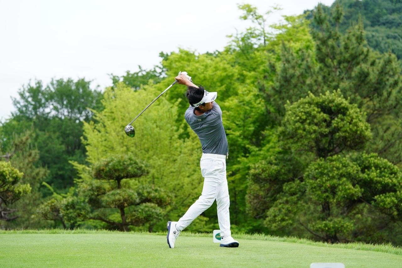 Images : 15番目の画像 - 石川遼のドライバー連続写真 - みんなのゴルフダイジェスト