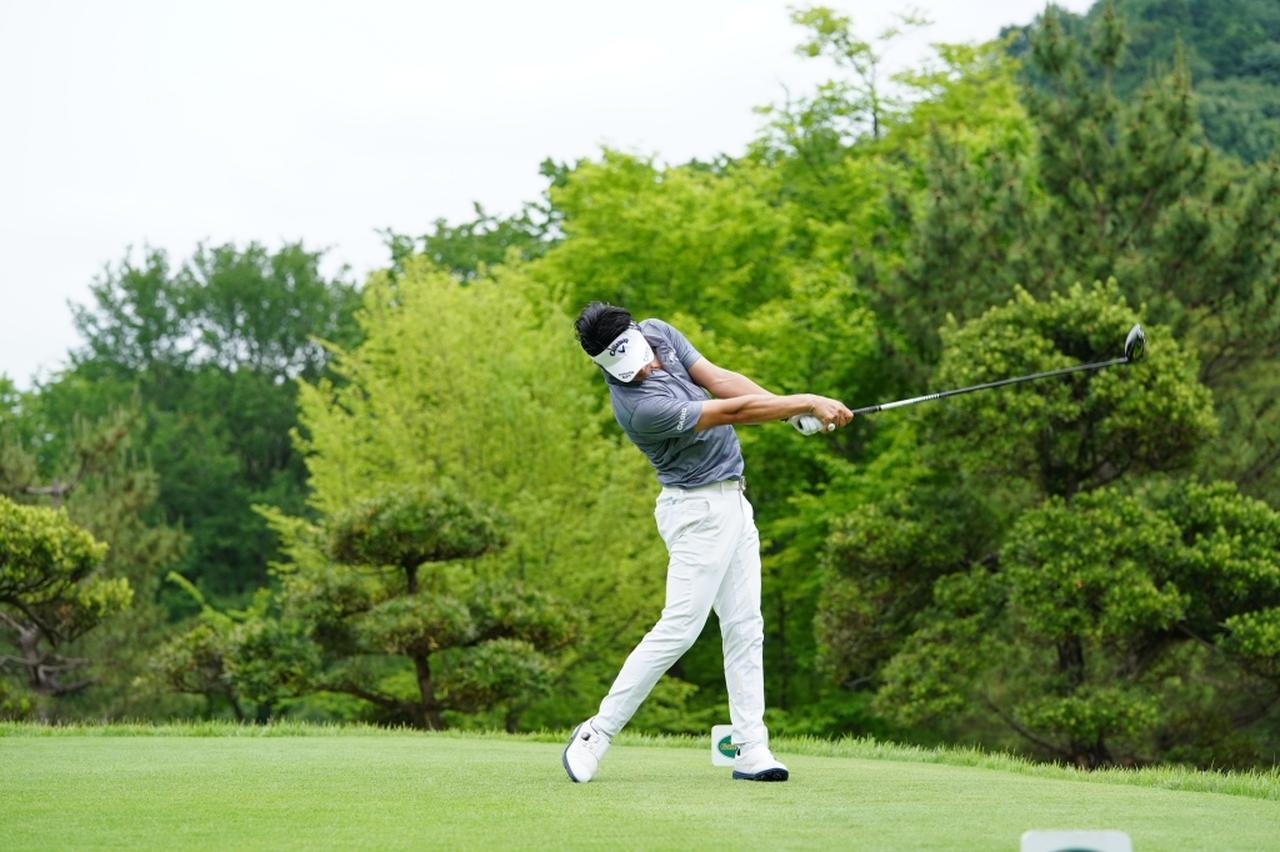Images : 12番目の画像 - 石川遼のドライバー連続写真 - みんなのゴルフダイジェスト