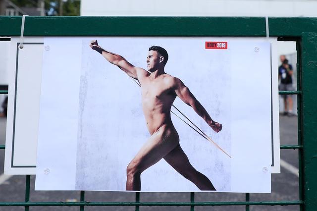 """画像: 各界のアスリートが筋肉美を披露する人気企画""""ボディイシュー""""。ゴルフ界から世界ランク1位のケプカが肉体美を魅せた(写真はGetty Images)"""