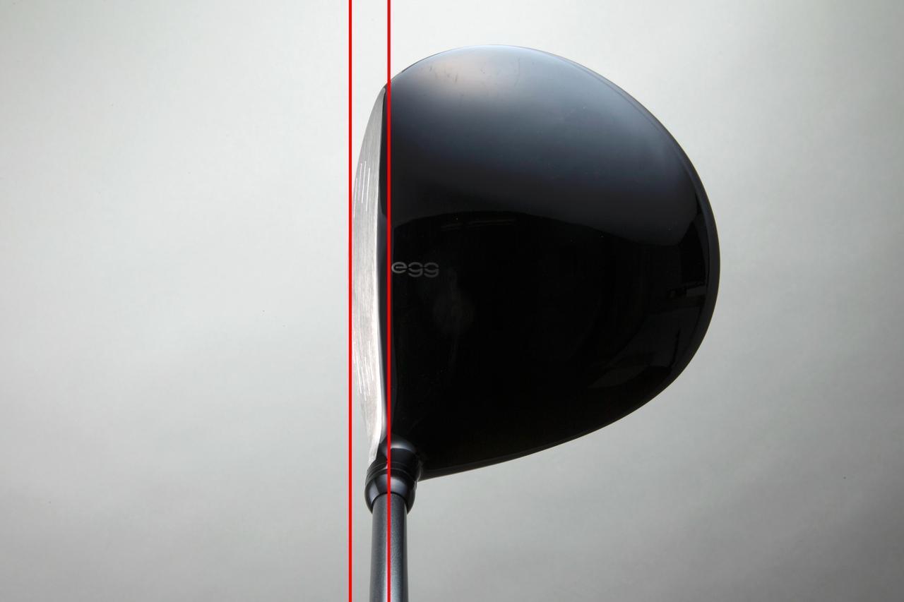 画像: 写真はプロギアの「eggゴーゴー」ドライバー。グースネック風の作りになっており、FP値が小さいのがわかる