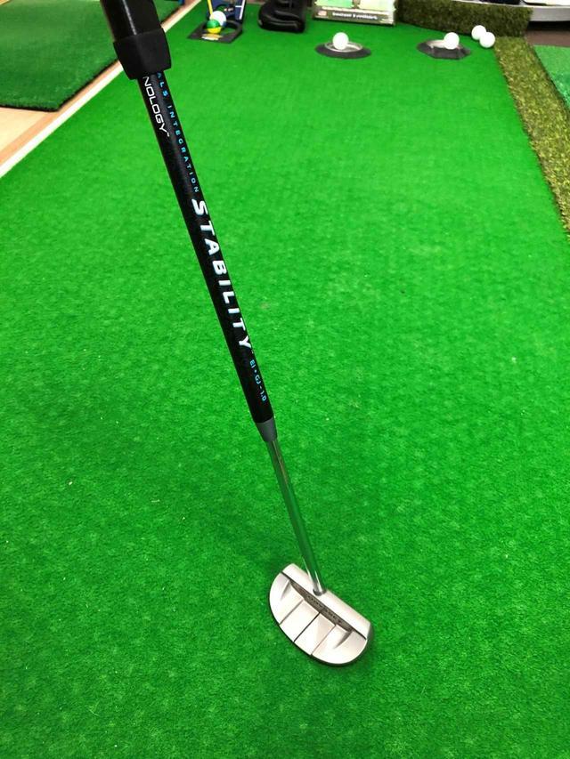 画像: 「スタビリティーシャフト」のカーボン部分は高弾性炭素繊維を8層に巻いた超硬い仕上がり
