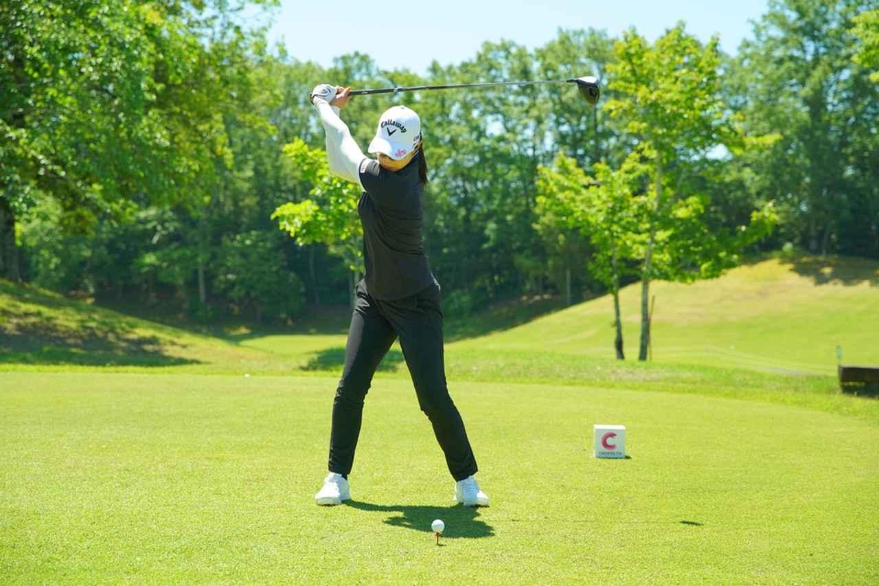 Images : 5番目の画像 - 柏原明日架のドライバー連続写真 - みんなのゴルフダイジェスト