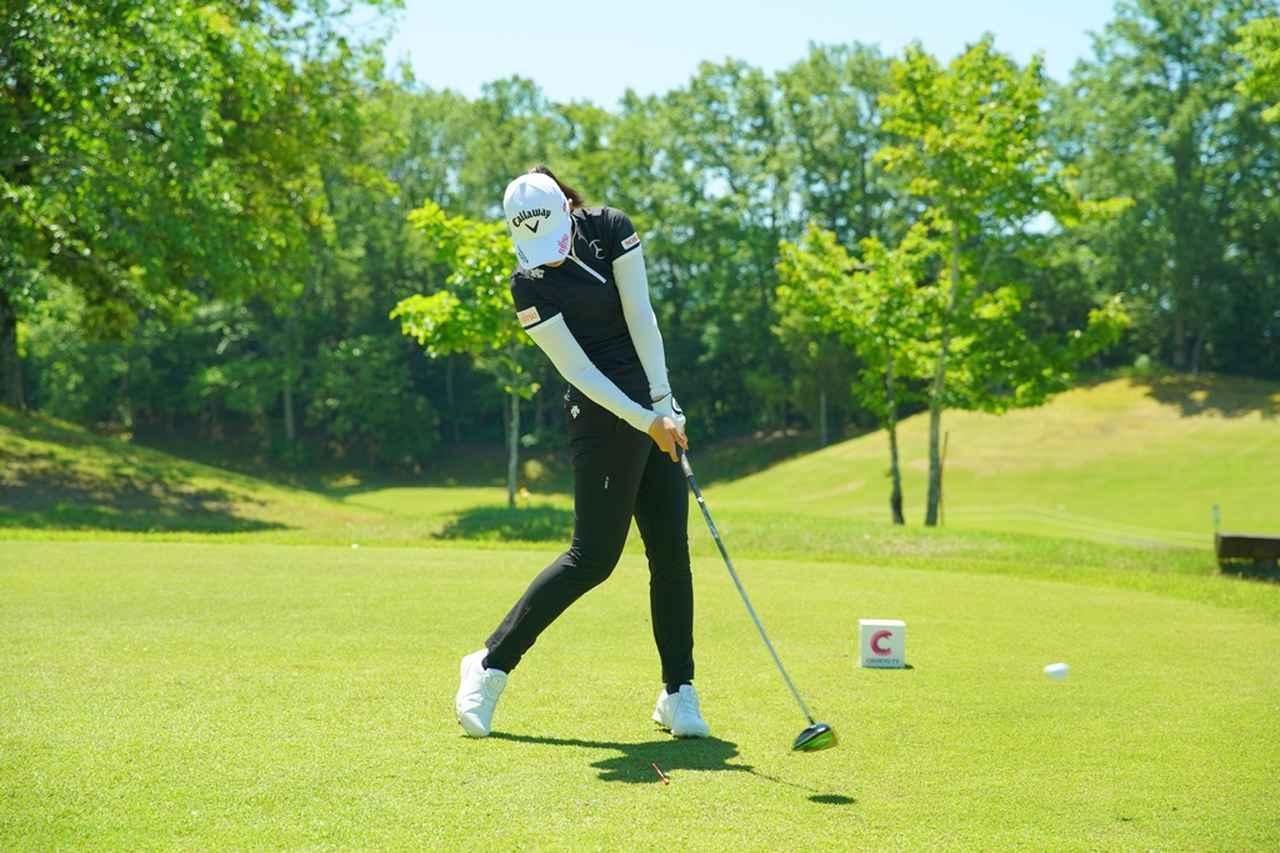 Images : 11番目の画像 - 柏原明日架のドライバー連続写真 - みんなのゴルフダイジェスト