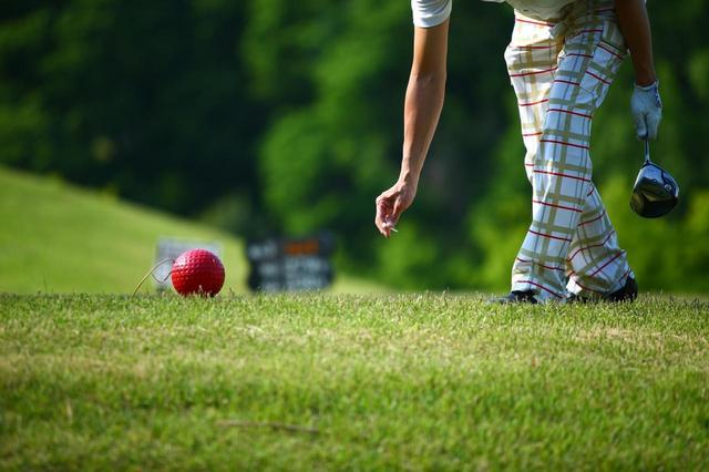 画像: その日のプレーを振り返り、メモをつける「セルフモニタリング」することが重要