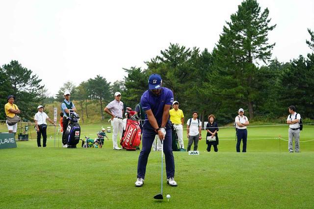 画像: 1番目の画像 - 宮里優作のドライバー連続写真 - みんなのゴルフダイジェスト