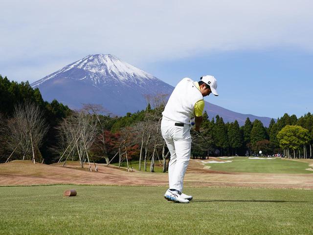 画像: 5番ホール、富士山が映える絶好のアングルからの1枚