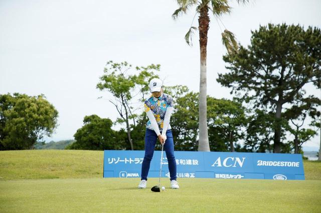 画像: 1番目の画像 - 高橋彩華のドライバー連続写真 - みんなのゴルフダイジェスト
