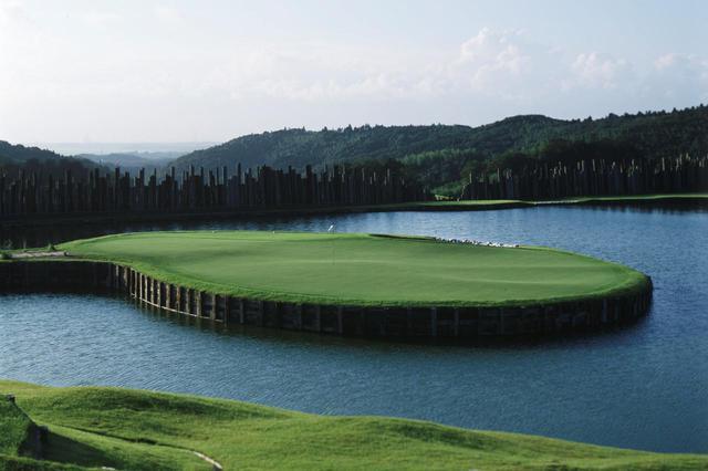 画像: 千葉県のきみさらずゴルフリンクスもピート・ダイが設計したゴルフ場のひとつだ