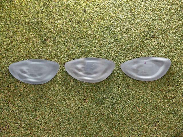 画像: マーベリック(左)、マーベリック サブゼロ(中)、マーベリックMAX(右)のフェース裏側。それぞれのコンセプトに合わせ、AIが最適な形に設計している