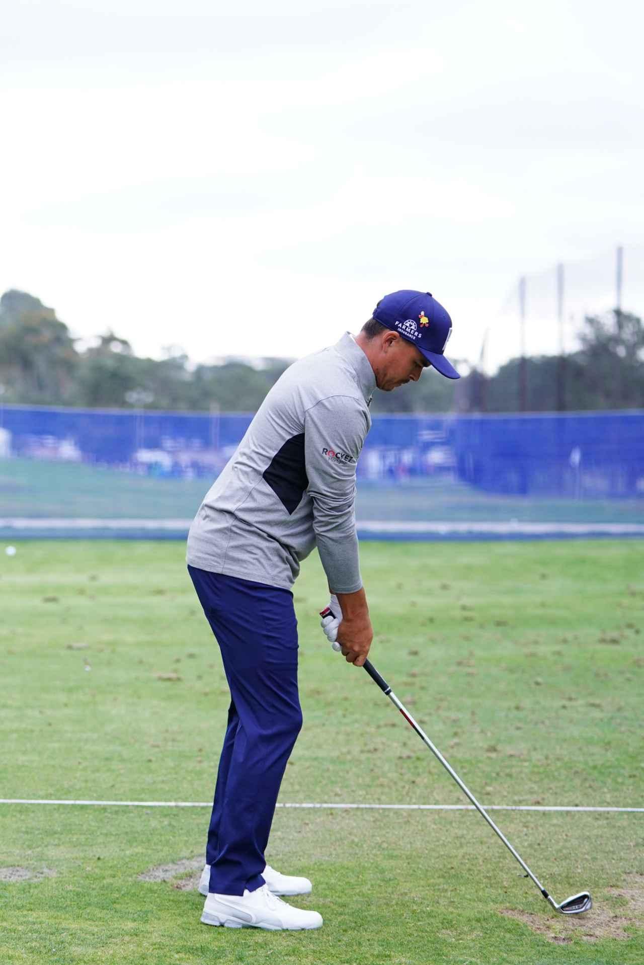 Images : 1番目の画像 - リッキー・ファウラーの最新アイアン連続写真 - みんなのゴルフダイジェスト