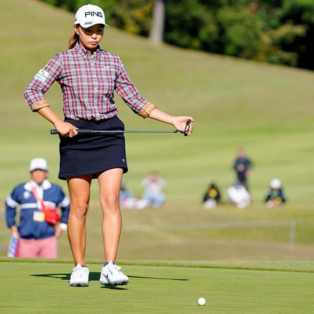 画像: 渋野日向子らトップ選手は目の前のパットにマックス集中できているように見える。一般ゴルファーが集中できる脳を手に入れられるメンタルトレーニングとは?(写真は2019年のTOTOジャパンクラシック 撮影/岡沢裕行)