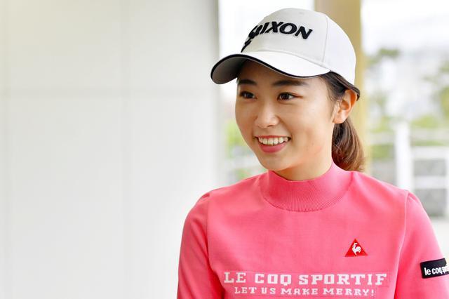 画像: 注目女子プロの安田祐香は昨年から2つの練習法を取り組み始めたようだ
