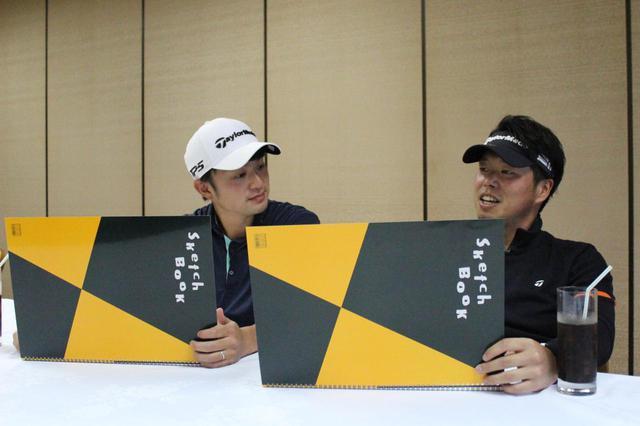 画像: 悩みながらも「好きなスウィングBEST3」を教えてくれた目澤秀憲コーチ(左)と黒宮幹仁コーチ(右)
