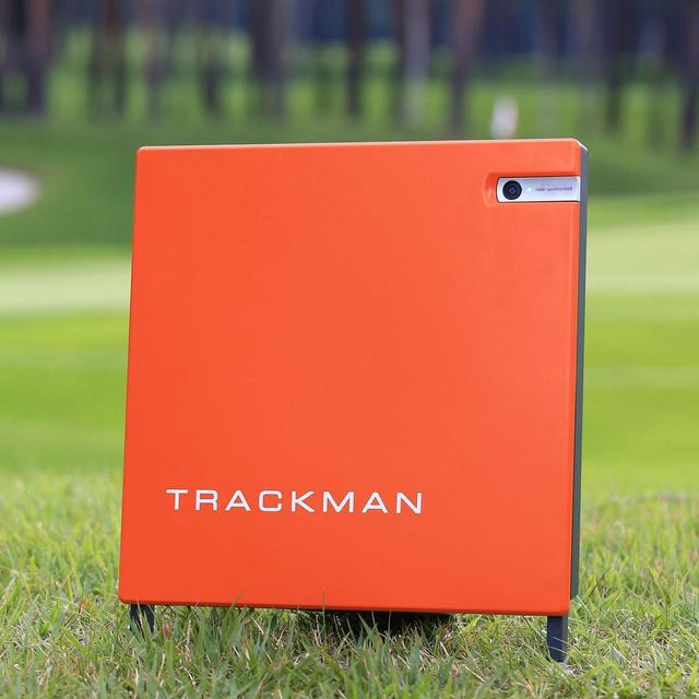 画像: 弾道測定器「トラックマン」をはじめ、様々な計測器が普及している(撮影/大澤進二)