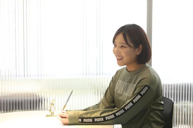 画像: やや漢字を書くのが苦手で、打ち合わせのメモは英語・韓国語・日本語が入り混じった難解なものになってしまうとのこと