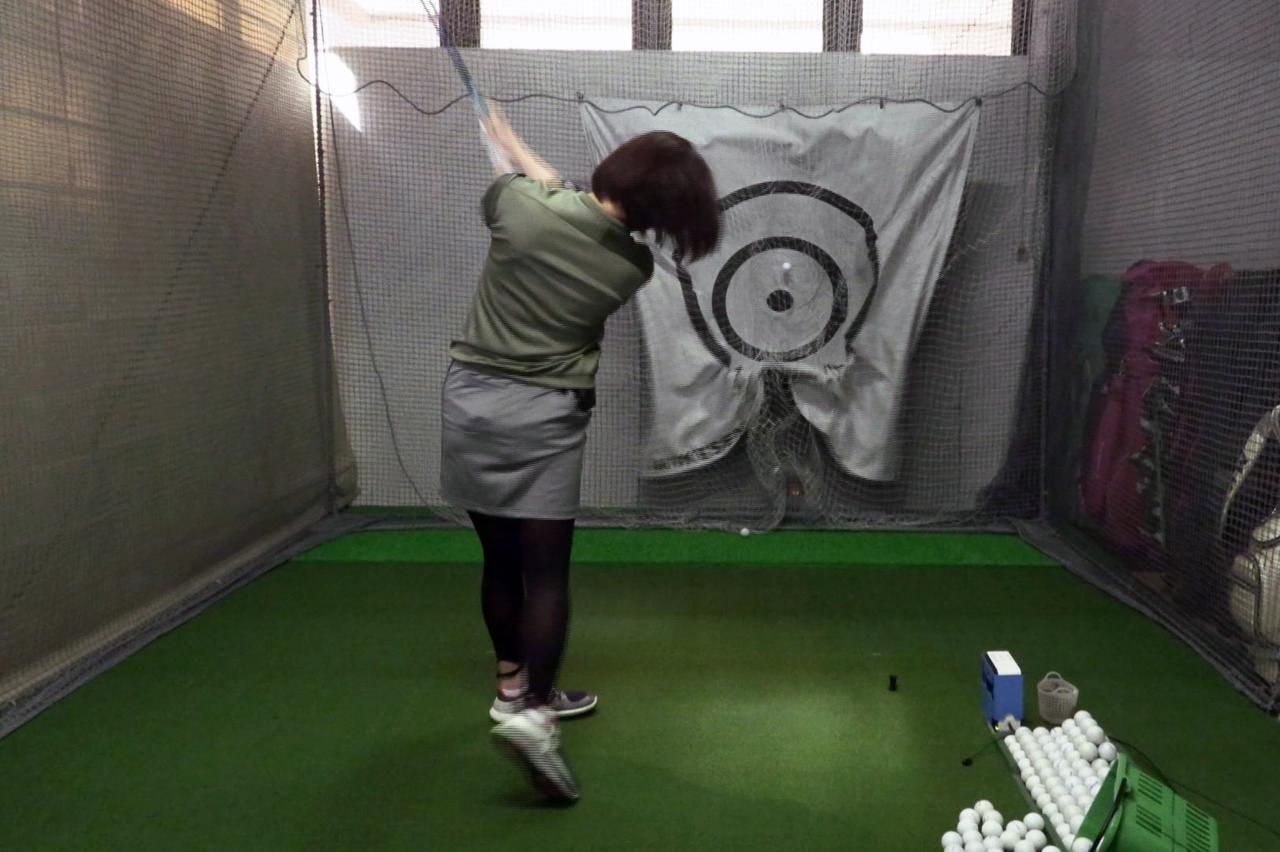 Images : 13番目の画像 - 秋山真凜の7番アイアン連続写真 - みんなのゴルフダイジェスト