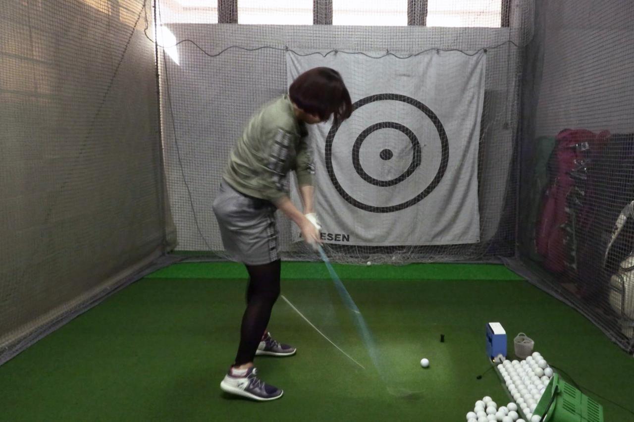 Images : 10番目の画像 - 秋山真凜の7番アイアン連続写真 - みんなのゴルフダイジェスト