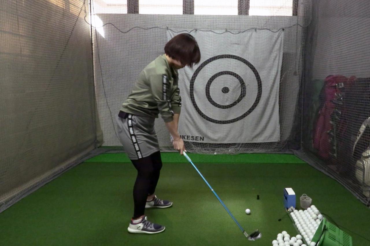 Images : 2番目の画像 - 秋山真凜の7番アイアン連続写真 - みんなのゴルフダイジェスト