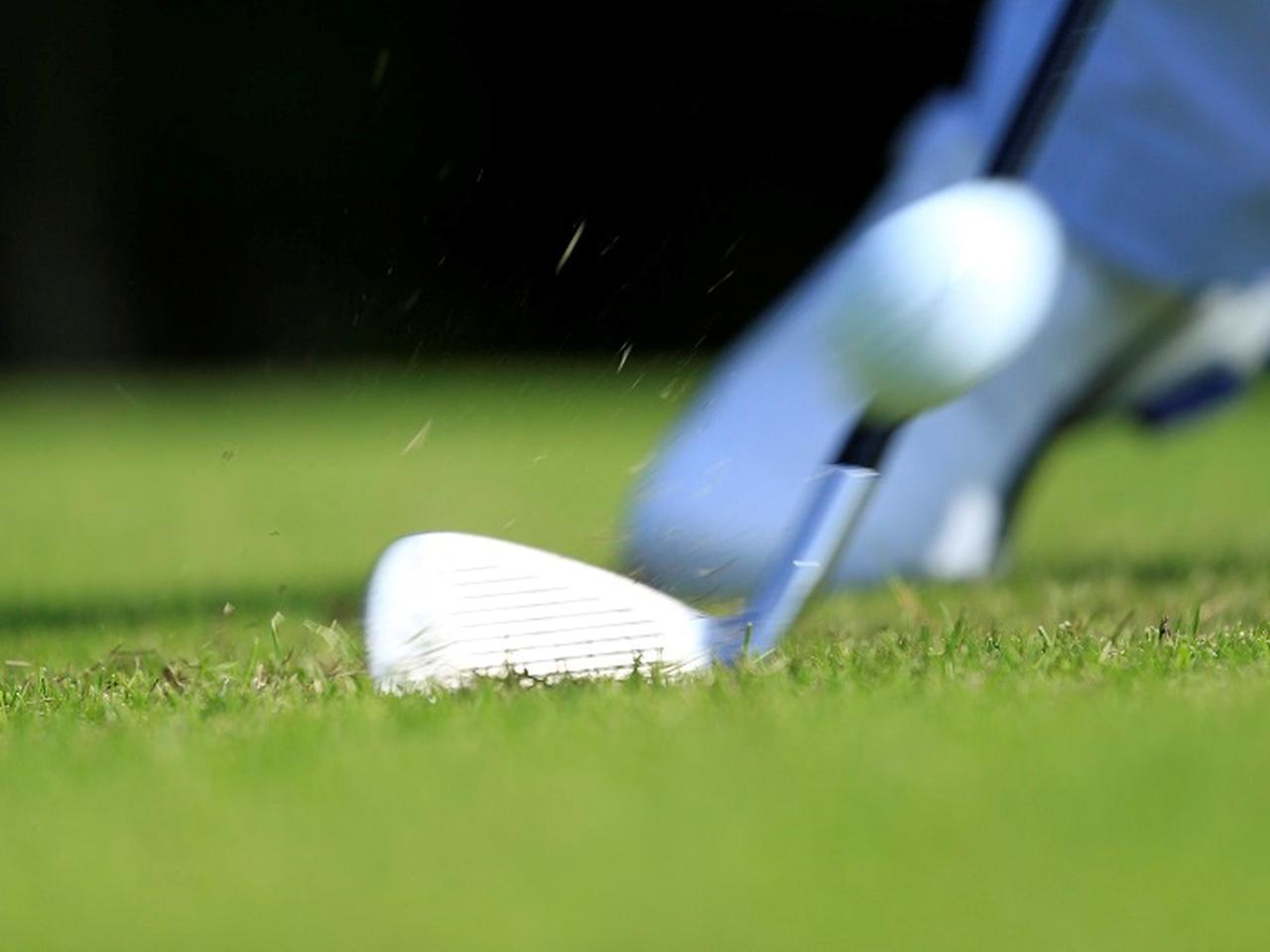 画像: 飛距離にも影響を与えるのがボールのバックスピンだ