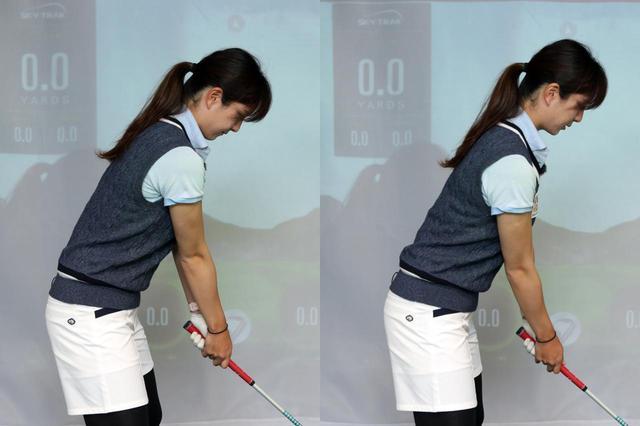 画像: 写真右のように、肩甲骨を寄せるイメージで胸を張って構えよう