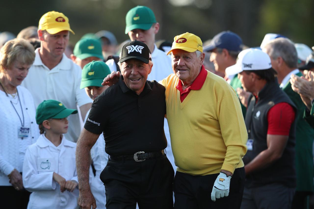 画像: マスターズの初日にゲーリー・プレーヤー(左)とジャック・ニクラス(右)は始球式をするのが恒例となっている(写真は2019年のマスターズ 撮影/姉崎正)