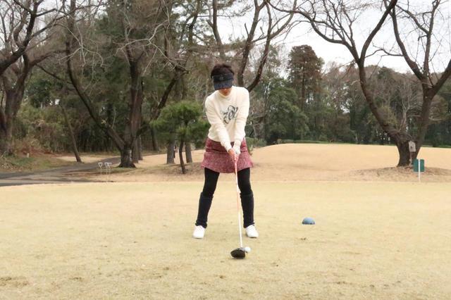 画像: 1番目の画像 - 小澤美奈瀬のドライバー連続写真 - みんなのゴルフダイジェスト