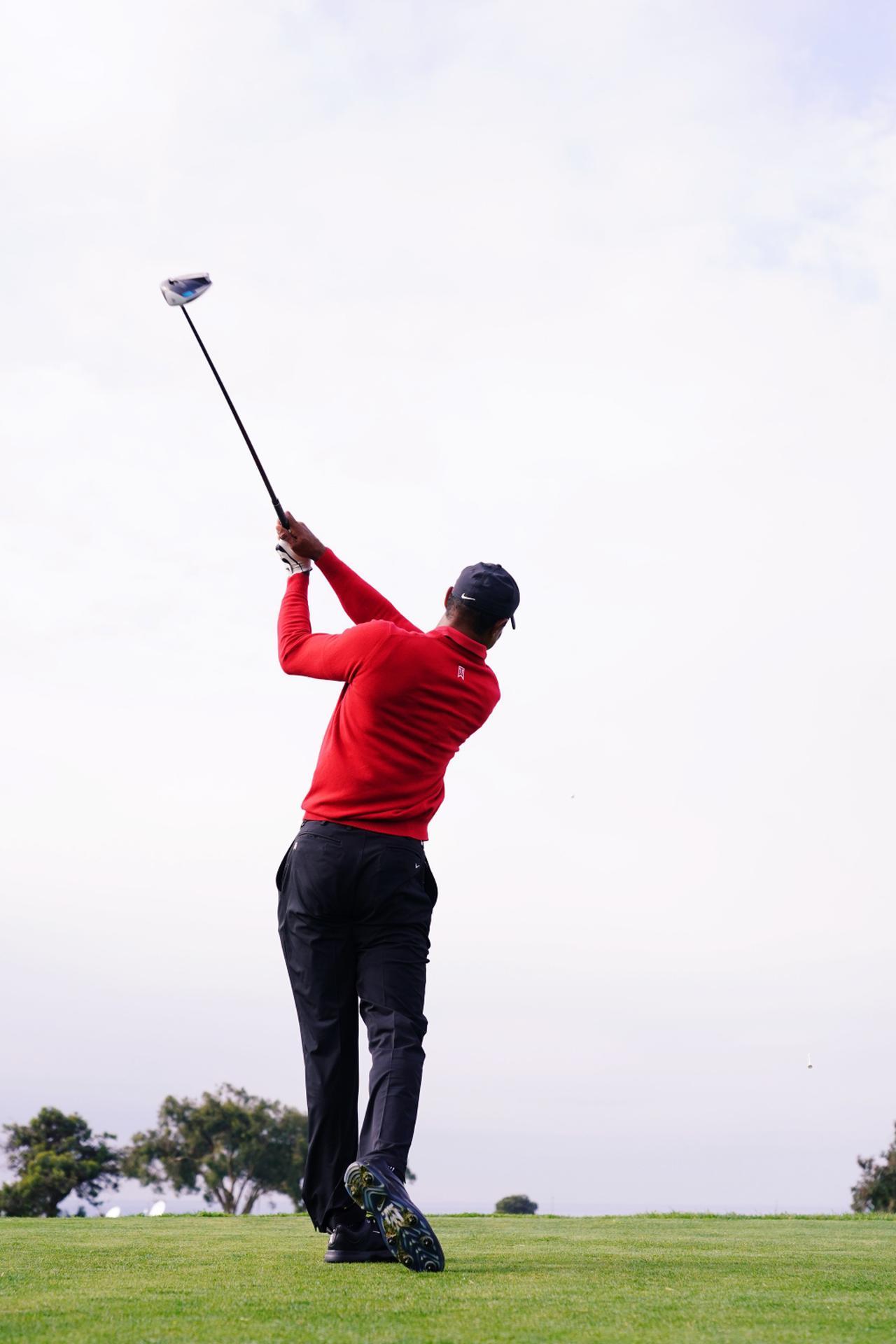 Images : 10番目の画像 - タイガー・ウッズのドライバー連続写真 - みんなのゴルフダイジェスト