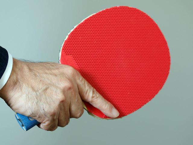 画像: ボールの動きが速く反射神経が磨かれる卓球やバドミントンは、大脳の発達に効果的だと吉松氏(写真はイメージ 撮影/小林司)