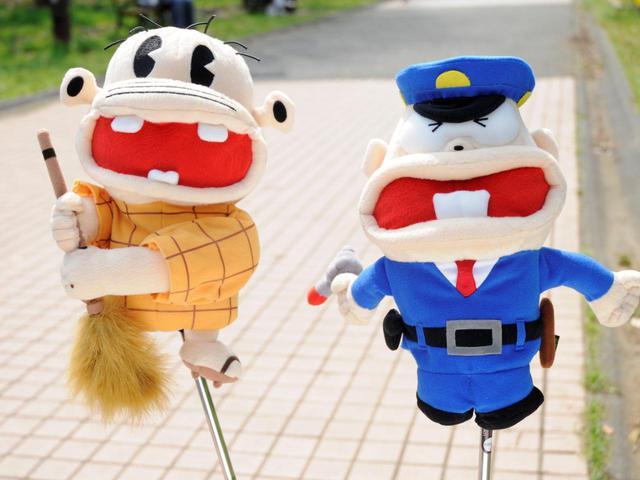 画像: 比較的最近のものから懐かしのキャラクターまで、様々なぬいぐるみ型ヘッドカバーが販売されている