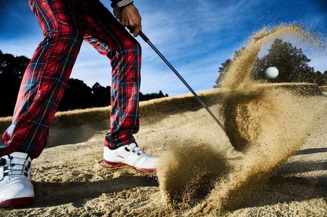 画像: バンカーショットが苦手なゴルファーは少なくないが……?(撮影/中居中也)