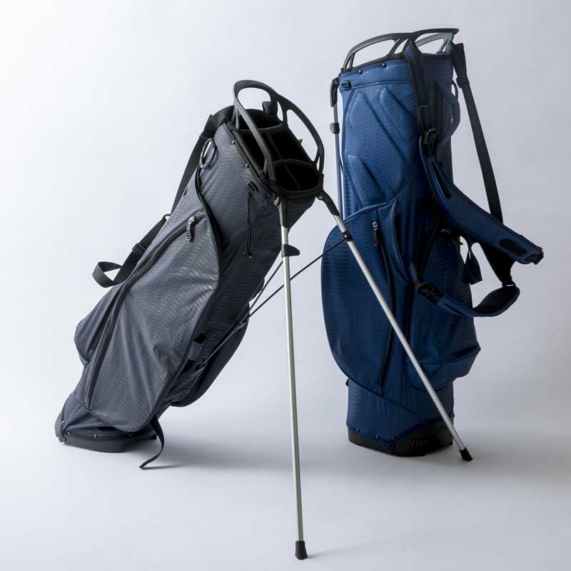 画像: スタンド式のキャディバッグは2本の足と土台の3点で支えるタイプ。OULの超軽量スタンド式キャディバッグ。8.5口径で重量は1.6kgだ