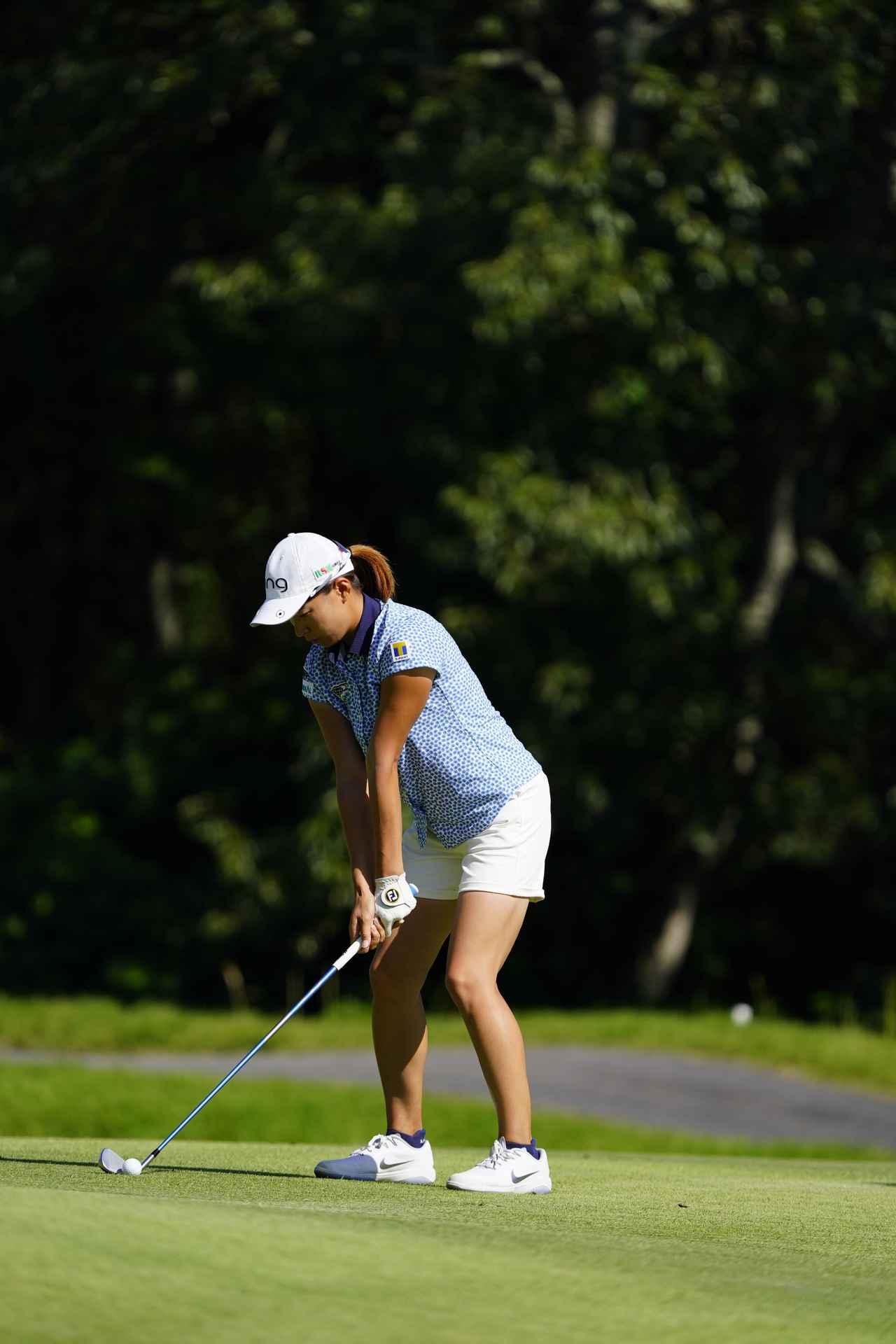 Images : 1番目の画像 - 渋野日向子 アイアン連続写真 - みんなのゴルフダイジェスト