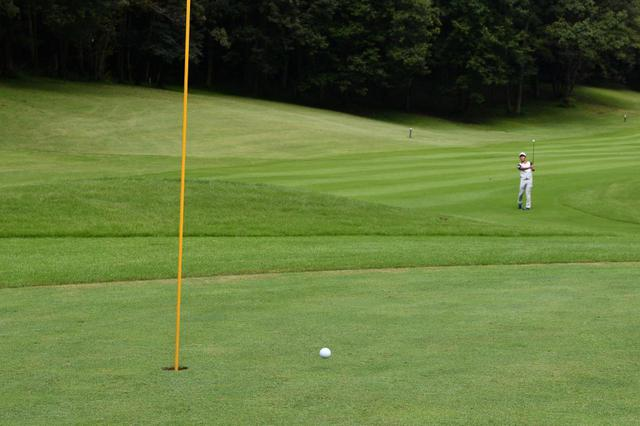 画像: 「あえて80ヤード」を残せるか。プロキャディが教える80台を出すためのマネジメント - みんなのゴルフダイジェスト