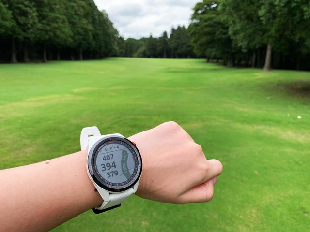 画像: 時計型GPS計測器はすぐに距離を把握できるところが魅力的