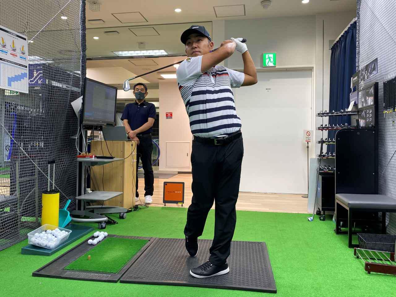 画像: プロゴルファー・時松隆光が「ミズノパフォーマンスフィッティングシステム」を実際に体験した(画像提供/ミズノ)