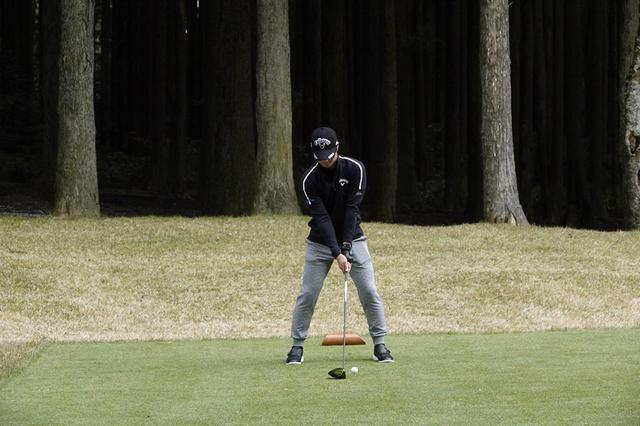 画像: 1番目の画像 - 石川遼のドライバー連続写真 - みんなのゴルフダイジェスト